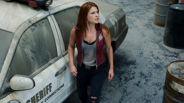 Ali-Larter-Claire-Redfield-Resident-Evil