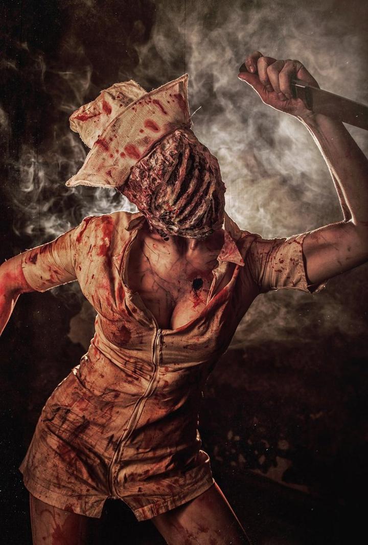 silenthill2_nurse_cosplay
