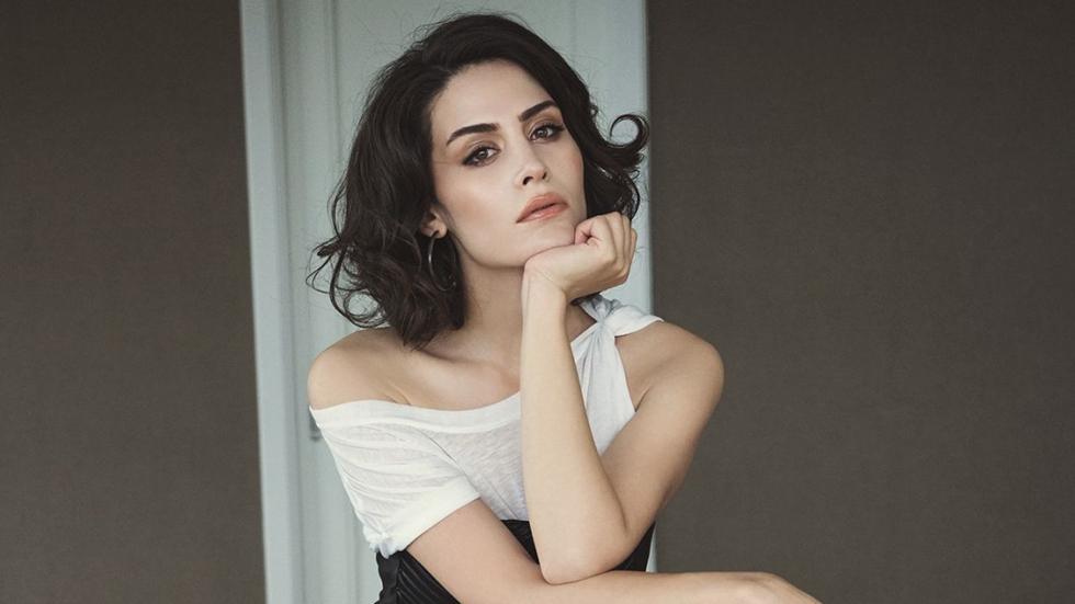 Anya Charlotra (Yennefer)